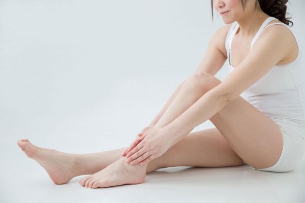 キレイな脚の女性